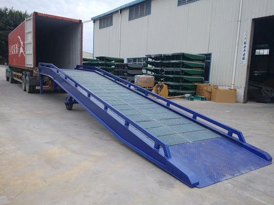 China Galvanized Steel Container Mobile Yard Ramp Portable Loading Ramps supplier