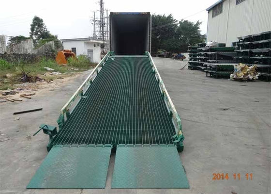 China 10 Ton Capacity Truck Lifting Mobile Yard Ramp with CE Certification supplier