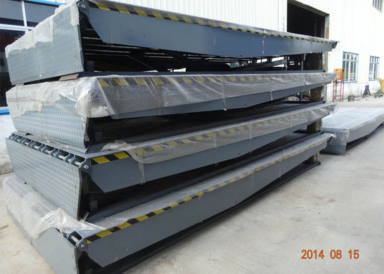 4200mm Two Cylinders Power Ramp Dock Leveler For Warehouse Pier