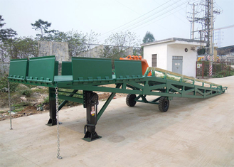 China Q235B Three Side 10 Tons Mobile Dock Ramp For Container Loading supplier