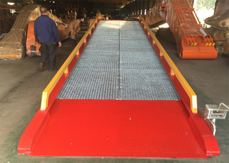 China Loading And Unloading Mobile Yard Ramp / Container Dock Ramp supplier