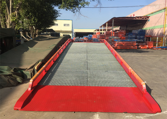 "China 32#  "" H "" Beam Mobile Container Dock Ramp With Adjust Range 1200 ~ 1700mm supplier"