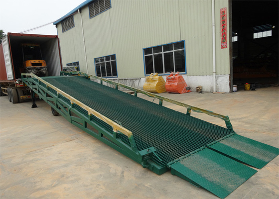 China 10 Ton - 15 Ton Portable Steel Loading Dock Ramps With Solid Tyres distributor
